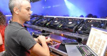 Satoshi Tomiie Making Electronic Music